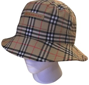 Burberry London Hats - Up to 70% off at Tradesy 46569af3e12