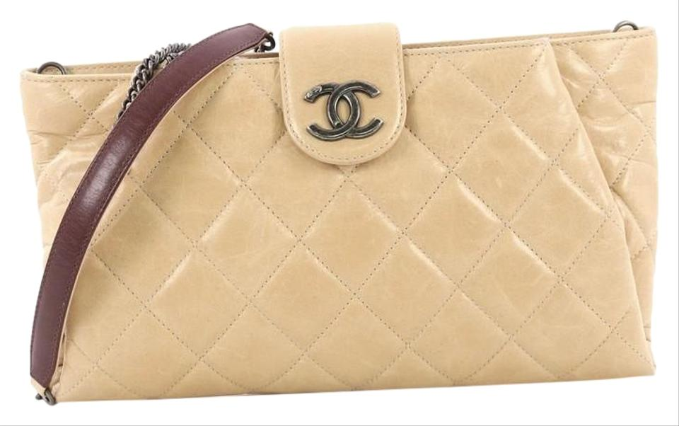 4884a51f9be7 Chanel Clutch Duo Color Chain Quilted Glazed Beige Calfskin Leather  Shoulder Bag