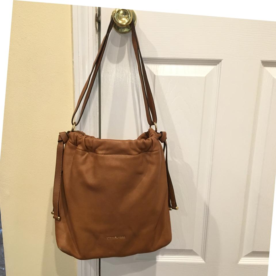 Cognac Drawstring Kors Leather Bag Michael Slouchy Hobo Pebbled ChQdtsr