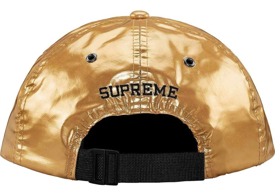 0723407f ... SUPREME X THE NORTH FACE METALLIC GOLD 6 PANEL HAT SS1 Image. 123. 1 ∕ 3