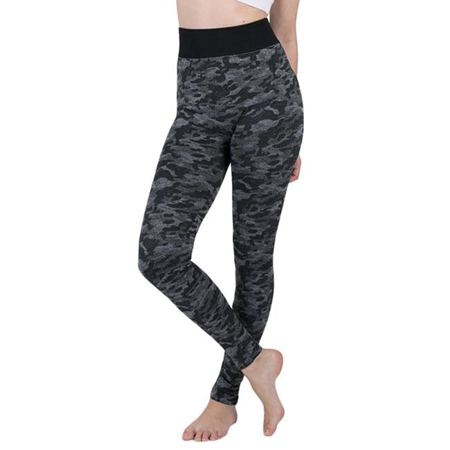 Item - Gray and Black Camo Activewear Bottoms Size 4 (S, 27)