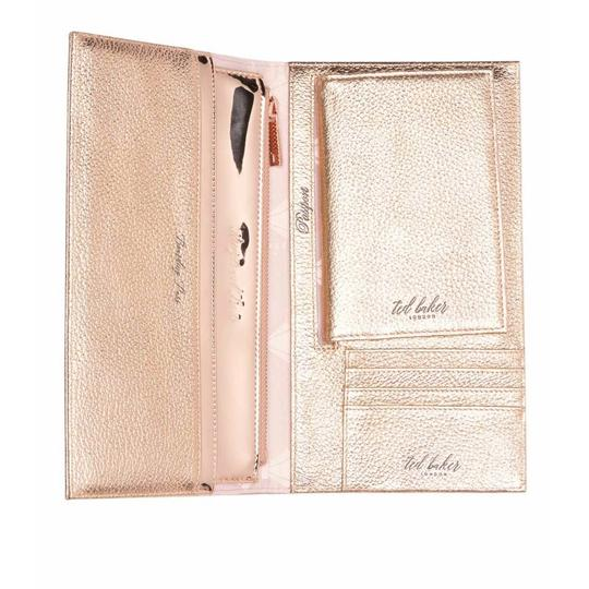 Preload https://img-static.tradesy.com/item/24774524/ted-baker-new-london-kayy-bow-detail-leather-travel-wallet-rose-gold-clutch-0-0-540-540.jpg