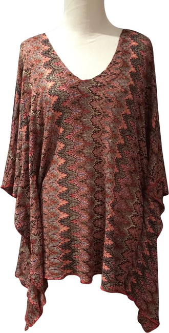 Item - Red Coral Multi Wave Tunic Size OS (one size)