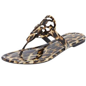 1622181dce0 Tory Burch Sandals - Up to 90% off at Tradesy