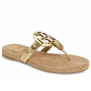 c26111cfa8d2 Gold Tory Burch Sandals - Up to 90% off at Tradesy
