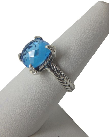 Preload https://img-static.tradesy.com/item/24776824/david-yurman-sterling-silver-and-blue-topaz-chatelaine-ring-0-3-540-540.jpg