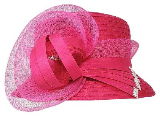 Preload https://img-static.tradesy.com/item/24776955/pink-new-formal-bow-accented-flower-hat-0-1-540-540.jpg