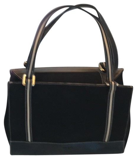 Preload https://img-static.tradesy.com/item/24777000/kate-spade-classic-back-with-ivory-trim-leather-and-fabric-baguette-0-1-540-540.jpg