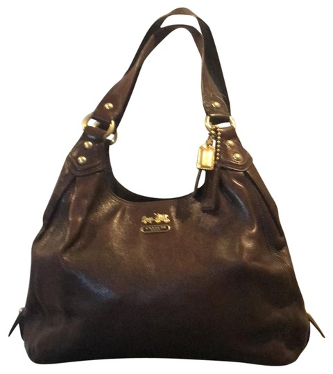 Preload https://img-static.tradesy.com/item/24777411/coach-1941-gold-accents-brown-leather-hobo-bag-0-1-540-540.jpg