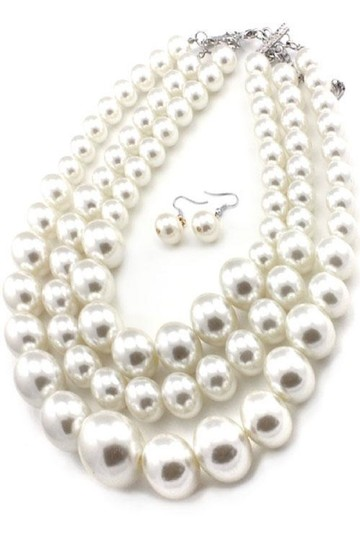 pearl New Chunky Pearl Necklace and earrings set Image 2