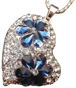 Betsey Johnson Blue Crystal Flower Heart Necklace
