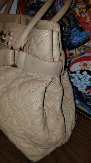 Marc Jacobs Satchel in NUDE TAN Image 4