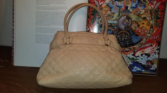 Marc Jacobs Satchel in NUDE TAN Image 7