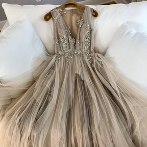 Nude with Silver Tulle and Silk Couture Gown Formal Bridesmaid/Mob Dress Size 2 (XS)