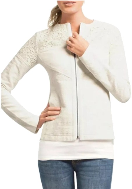 Preload https://img-static.tradesy.com/item/24777894/cabi-lace-white-occasion-jacket-s-blazer-size-4-s-0-1-650-650.jpg