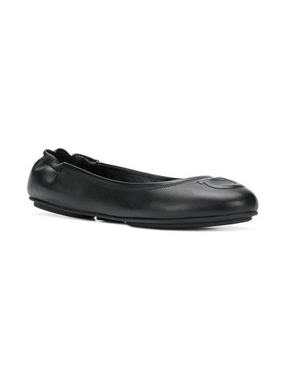 Preload https://img-static.tradesy.com/item/24778137/salvatore-ferragamo-black-new-vignola-ballet-c-flats-size-us-75-wide-c-d-0-0-540-540.jpg
