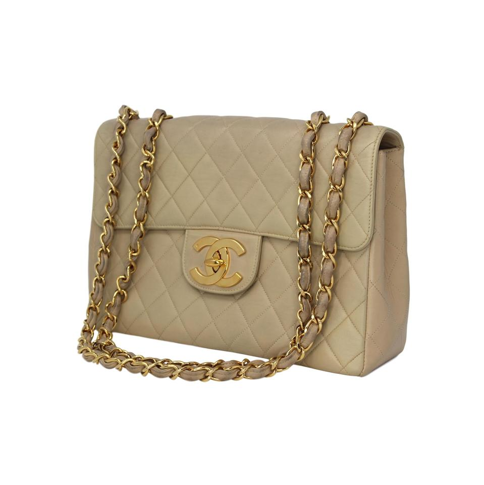5453ee28972d Chanel Vintage Quilted Lambskin Gold Hardware Shoulder Bag Image 0 ...