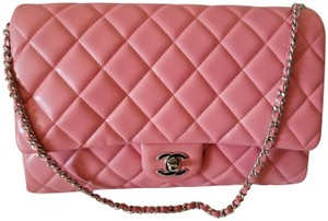d992ed2286d0 Pink Chanel Shoulder Bags - Up to 90% off at Tradesy