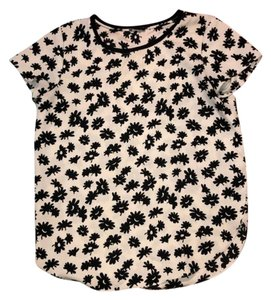 Ann Taylor Top Black and White Pattern