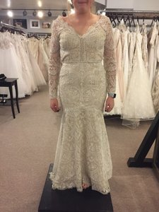 c5a336c0bb3b Wtoo Vintage Wedding Dresses - Buy, Sell and Save up to 90% off at ...