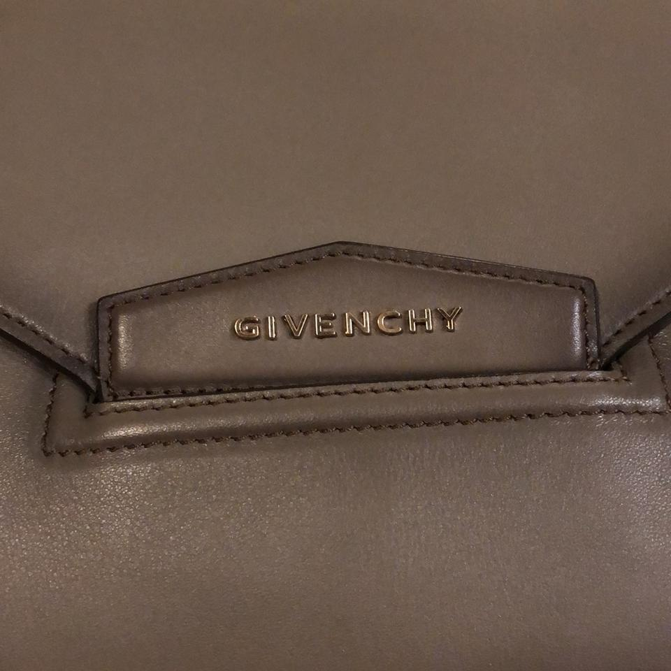 6a84d0a2d0 Givenchy Antigona Envelop Medium Grey colored leather Clutch Image 10.  1234567891011