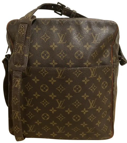 Preload https://img-static.tradesy.com/item/24781267/louis-vuitton-marceau-gm-brown-monogram-old-model-shoulder-bag-0-1-540-540.jpg
