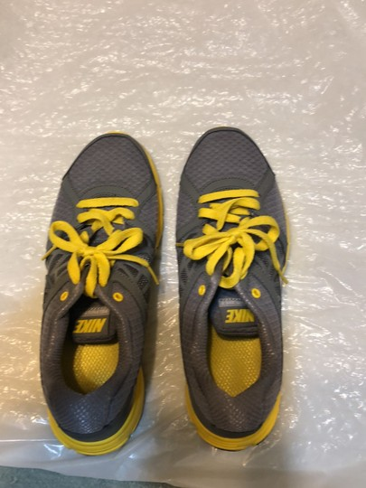 Nike Gray with yellow and black trimming Athletic Image 1