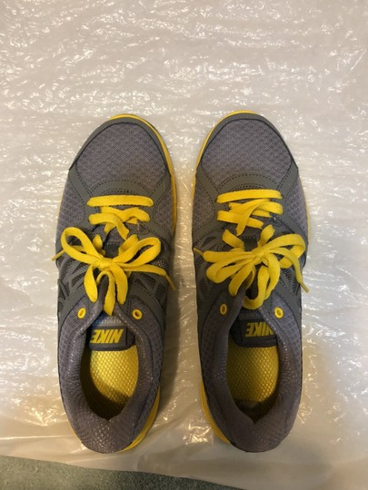 Nike Gray with yellow and black trimming Athletic Image 2