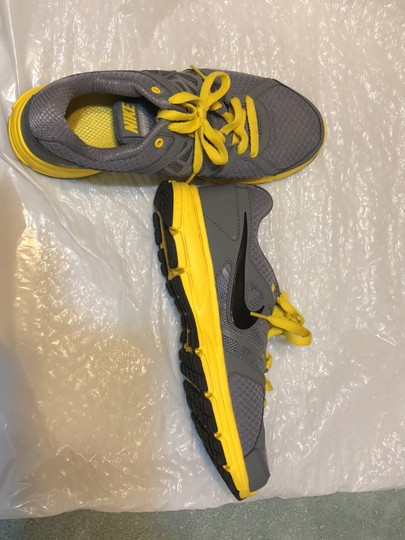 Nike Gray with yellow and black trimming Athletic Image 3