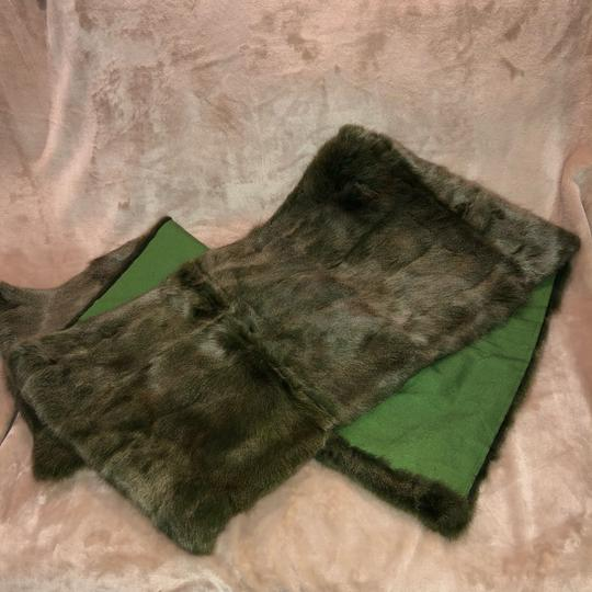 Quartier 206 Berlin Russian Squirrel Fur Scarf in Brown and Green Image 11
