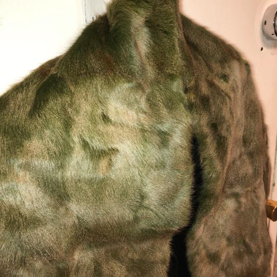 Quartier 206 Berlin Russian Squirrel Fur Scarf in Brown and Green Image 4