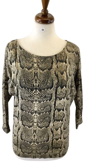 Preload https://img-static.tradesy.com/item/24782048/h-and-m-multicolor-long-sleeve-designer-animal-print-women-s-b-49-blouse-size-0-xs-0-1-650-650.jpg