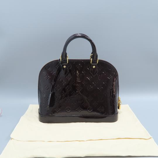 Louis Vuitton Lv Alma Vernis Pm Tote in Burgundy Image 1
