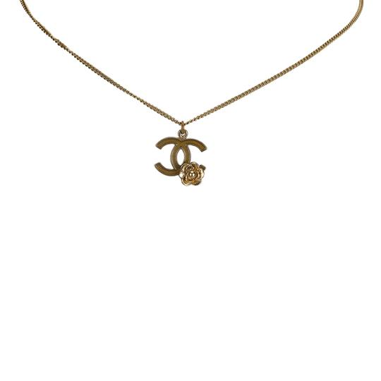 Preload https://img-static.tradesy.com/item/24783960/chanel-gold-cc-and-camellia-pendant-necklace-0-0-540-540.jpg