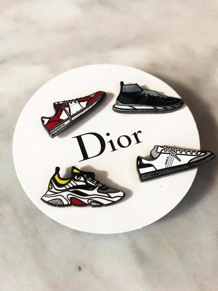 Dior Multicolor New Ultra Rare Sneaker Pin Set and Paper Clips 61% off retail