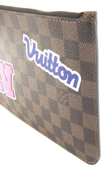 Louis Vuitton Pochette Neverfull Wristlet RARE Damier Ebene Limited Edition Patch Patches Stories Clutch
