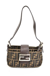 df1e585668f3 Brown Fendi Bags - Up to 90% off at Tradesy