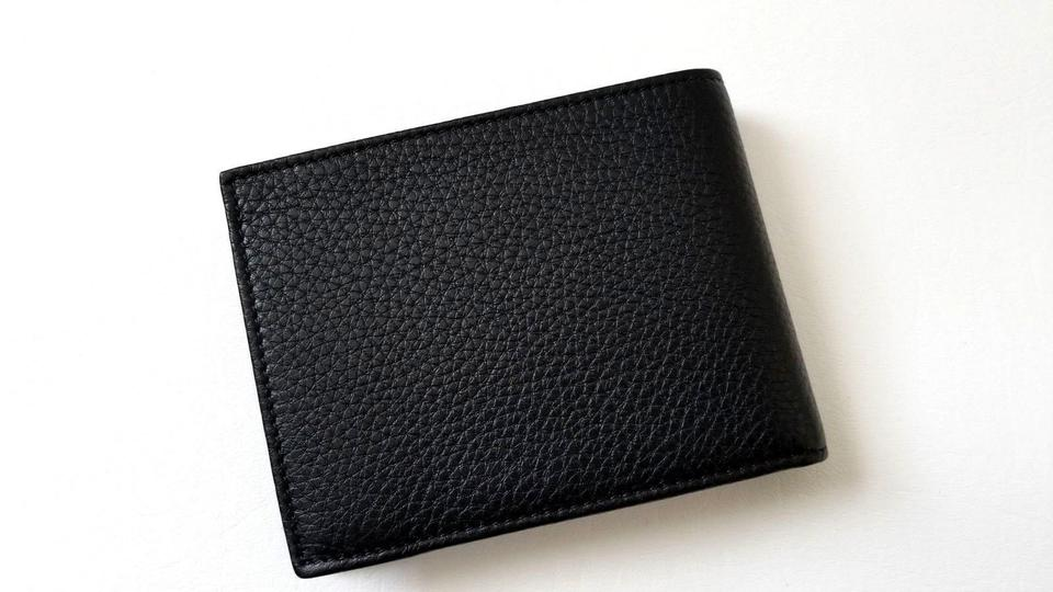 32e1829239bf Gucci NEW Gucci men classic Embossed Logo Calf Leather I.D Bifold Wallet  Image 10. 1234567891011