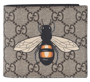 Gucci NEW Gucci Men's Beige GG Supreme Canvas Large Bee Logo Bifold Wallet