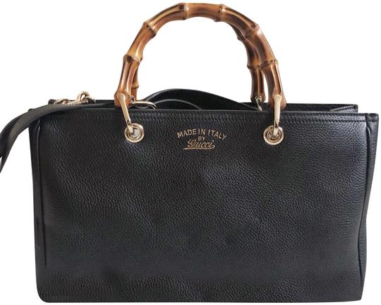 Preload https://img-static.tradesy.com/item/24786362/gucci-bamboo-medium-shopper-tote-black-leather-satchel-0-1-540-540.jpg