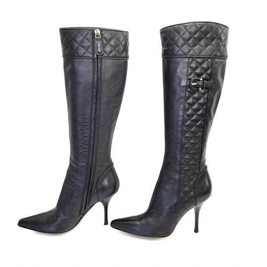 Preload https://img-static.tradesy.com/item/24786456/burberry-black-quilted-leather-zip-up-knee-high-bootsbooties-size-eu-36-approx-us-6-regular-m-b-0-0-540-540.jpg