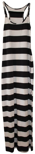 Item - White/Black Stripped Long Casual Maxi Dress Size 6 (S)