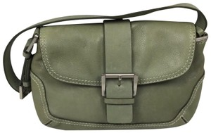 93ccc0fa7242 Michael Kors Green Bags - Up to 90% off at Tradesy (Page 3)