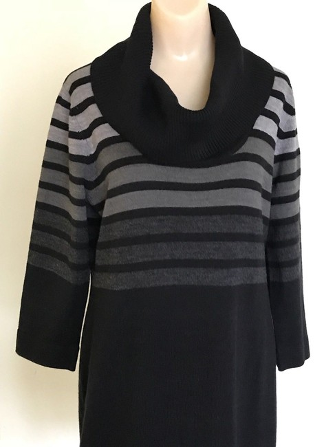 Sandra Darren Black Gray Acrylic Cowl Neck Sweater Short Casual ... 816caac07