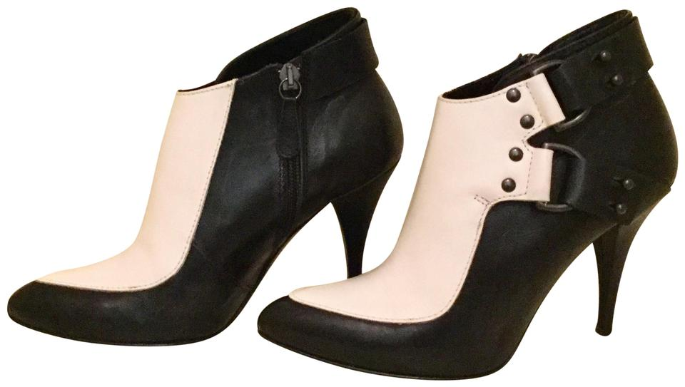 f787c62f26a8 Alexander McQueen Ankle Two-tone Bicolor Genuine Leather Black Creamy White  Boots Image 0 ...