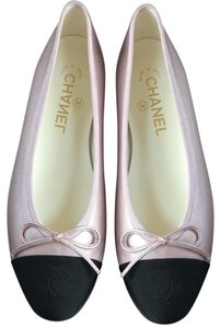 12bfa763bc4e03 Women s Pink Chanel Shoes - Up to 90% off at Tradesy