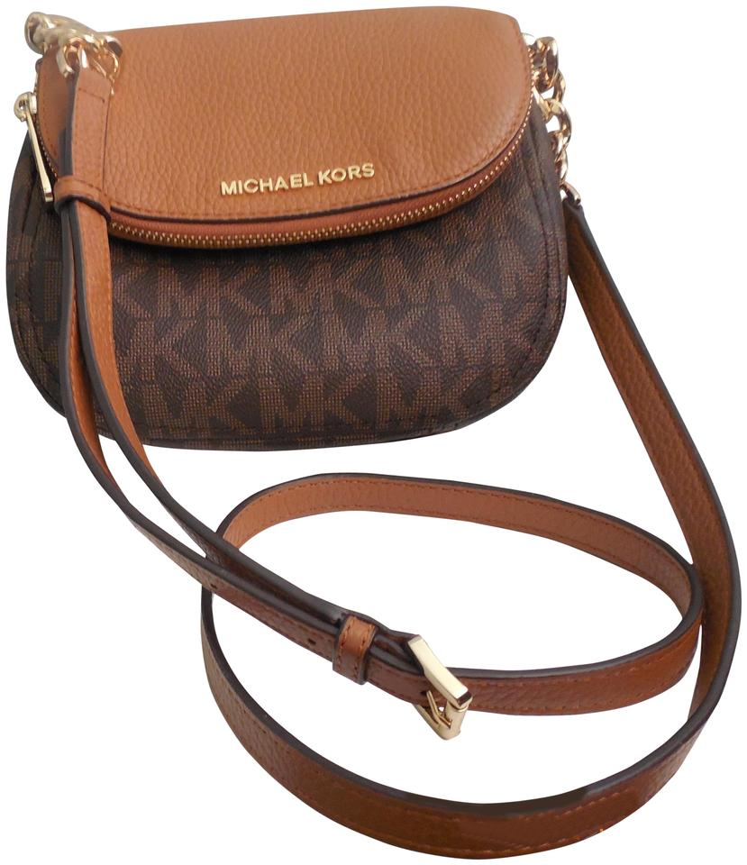 005756e21879e1 Michael Kors Bedford Dark Brown & Camel Leather Cross Body Bag - Tradesy
