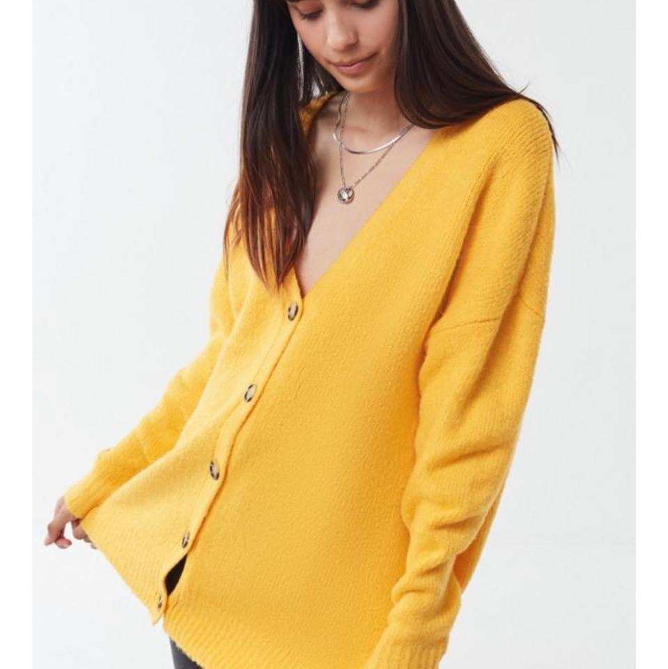 813ea99b0d Urban Outfitters Yellow Uo Jordan Oversized Plush Cardigan Size 8 (M) 43%  off retail