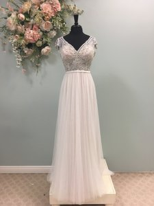 Stella York Ivory/Moscato Tulle 6628 Traditional Wedding Dress Size 14 (L)