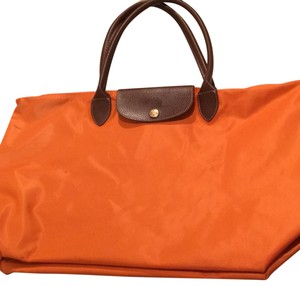 6806105d79d Longchamp Shoulder Bags - Up to 90% off at Tradesy